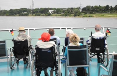 SBK-Schiffstour 2015 Passagiere an Deck