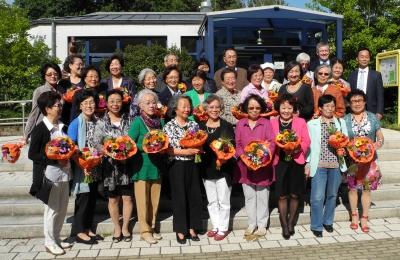 """Gruppenbild anlässlich der Veranstaltung """"50 Jahre koreanische Pflegekräfte bei den SBK"""""""